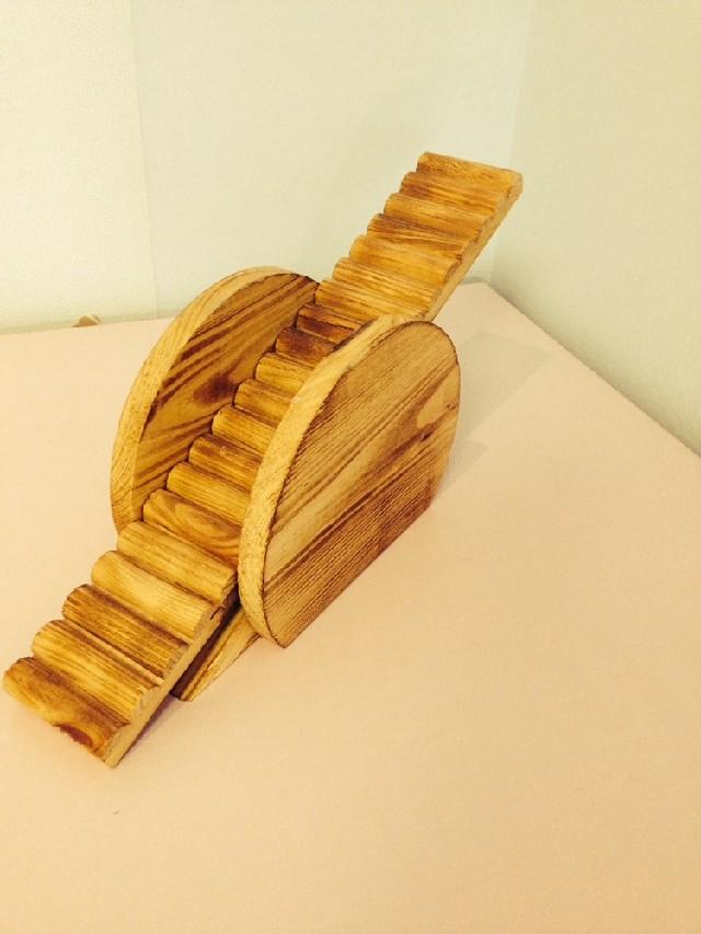 Dřevěná houpačka pro hlodavce